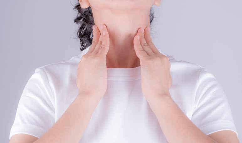 Remède à domicile contre la pharyngite du théier - Conseils de santé à domicile