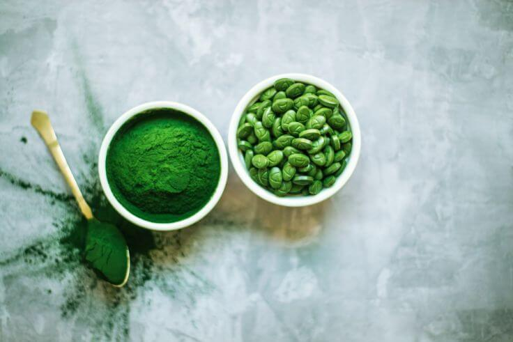 Tout sur l'algue spiruline : propriétés, bienfaits et son utilisation en cuisine